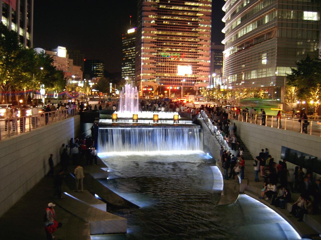 What is this? Game Seoul_Cheonggyecheon_night